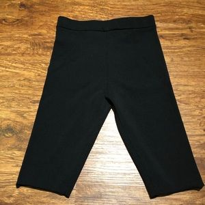 Knee length knitted pants